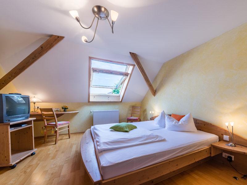 Gästezimmer - Landgasthof Löwen in Aichen